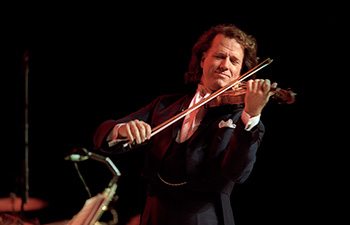 andre-rieu photographed by reinhard simon berlin 34