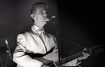 david-bowie photographed by reinhard simon berlin 911017-13 s