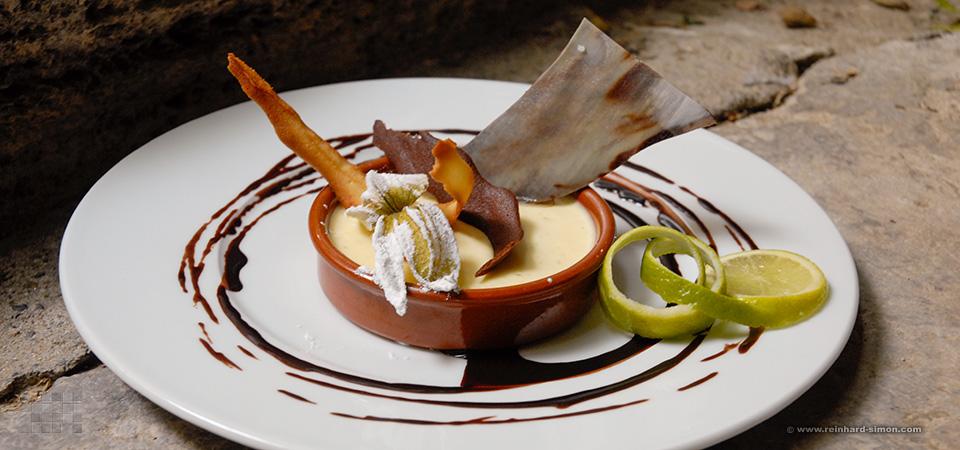 Restaurant La Sarrazine in Aigueze, Frankreich